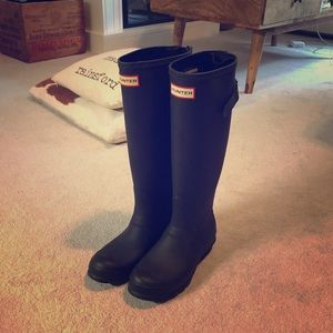 Barely used Hunter boots!